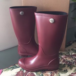 12cd1cc8550 NEW SHELBY MATTE RAIN BOOTS.Color:GARNET NWT